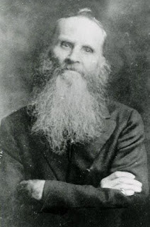 Photograph of William Wallace Davey in his later years.