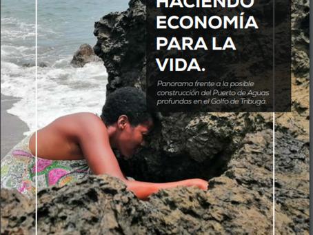 Mujeres de Nuquí haciendo economía para la  vida
