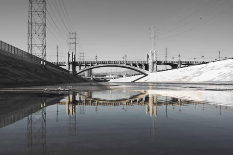 LA_River_Relfection_BNW - USA