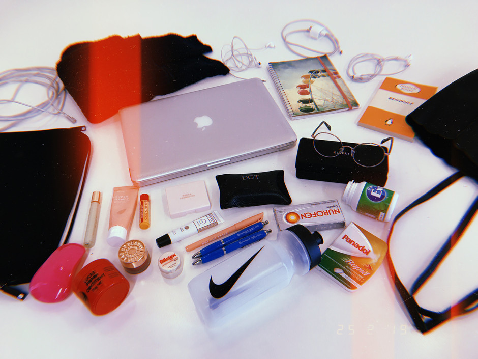 What's In My Uni Bag