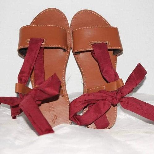 Sandales d'été/ fabriqué en Haiti