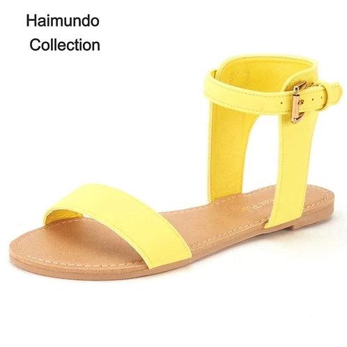 Belle paires de sandales / été