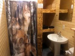 Wolf Cabin Bathroom