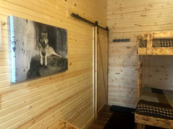 Wold Cabin Bunk Room Wall Decoration