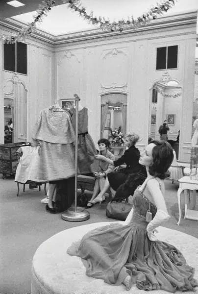 Saks 1960s custom salon.jpg