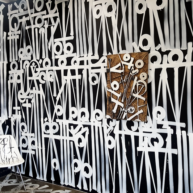 RETNA at the Beyond the Streets Graffiti Exhibition Los Angeles 2018