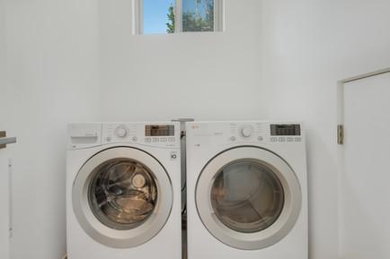 laundry copy.jpg