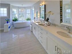 Sparkling baths