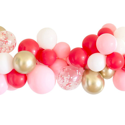 DIY Candy Cane Balloon Garland