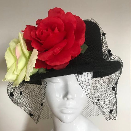 Carriages at Dawn - Black/Vintage Roses