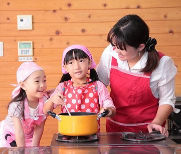 食育エデュケーションリーダーの仕事 子ども料理教室講師