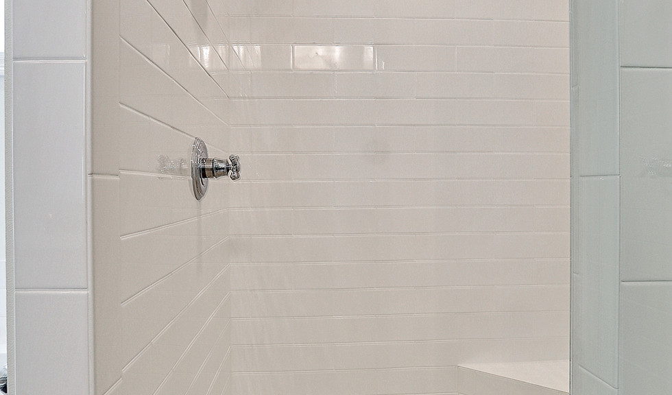 Linear Arctic White Semi Gloss 4x12, VA3