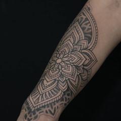 tatuadores mandala.jpg