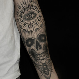 tatuadores calaveras.jpg