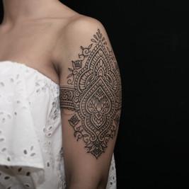 tatuadores ornamental henna.jpg