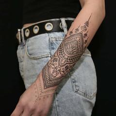mejores tatuadores ornamentales.jpg