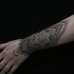 tatuadores mandala madrid.jpg