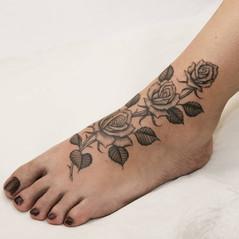 tatuador flores madrid.jpg