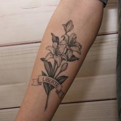 tatuajes florales.jpg
