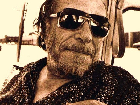 El día que Bukowski derrotó a Hernest Hemingway