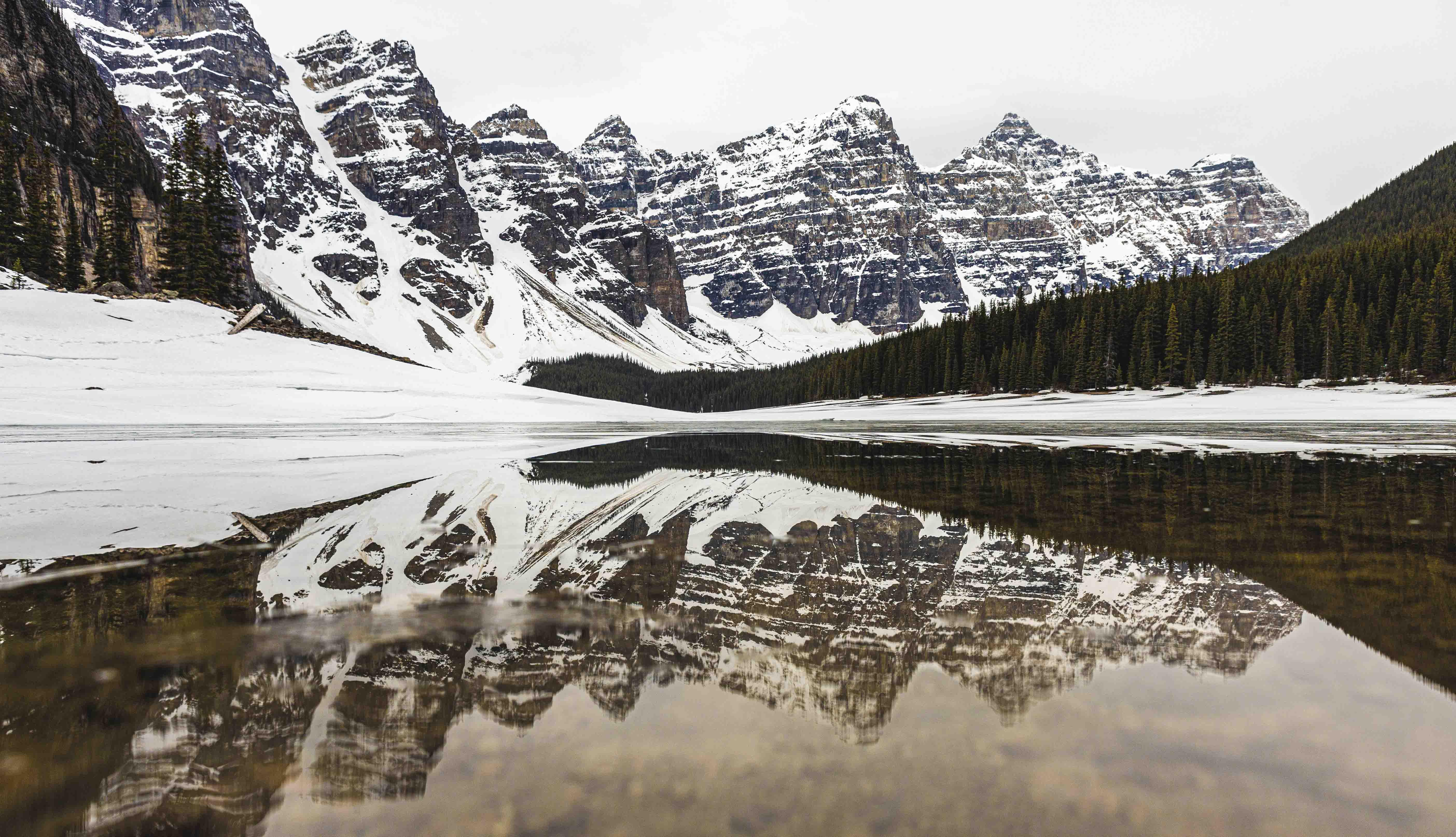 Moraine_Lake_Reflection_Canada_Banff-1_Cloudberryphotography