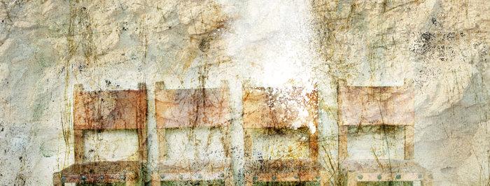 ארבעה כיסאות - תמונה של אורית מרטין