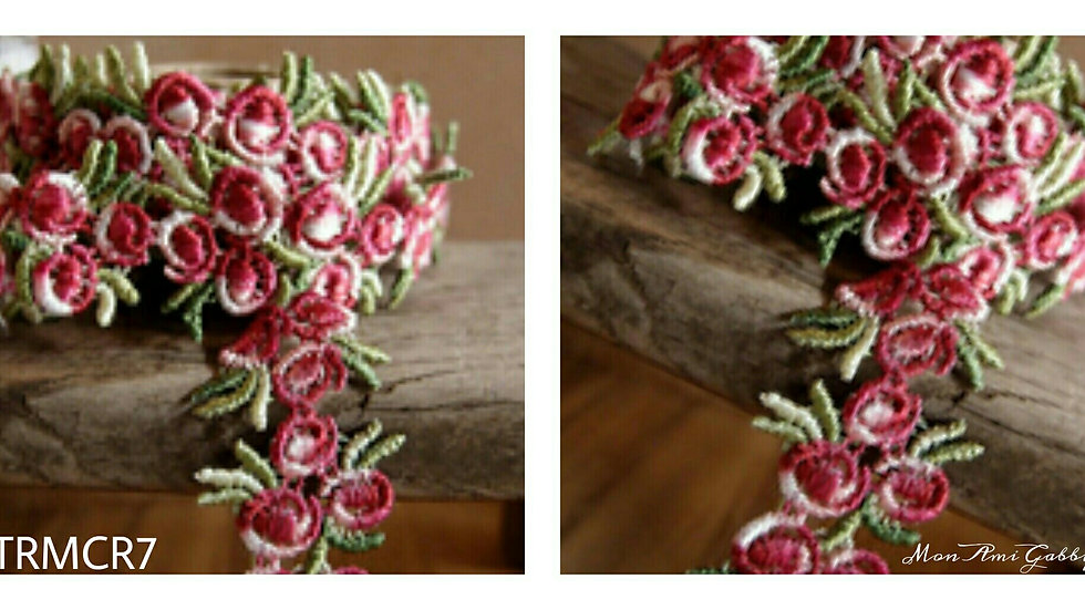 #TRMCR7-Embroided Multiple Rose and Leaf Trim