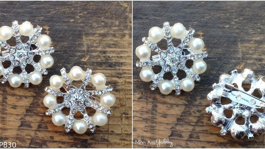 Pearl Crystal Pin Back Brooch