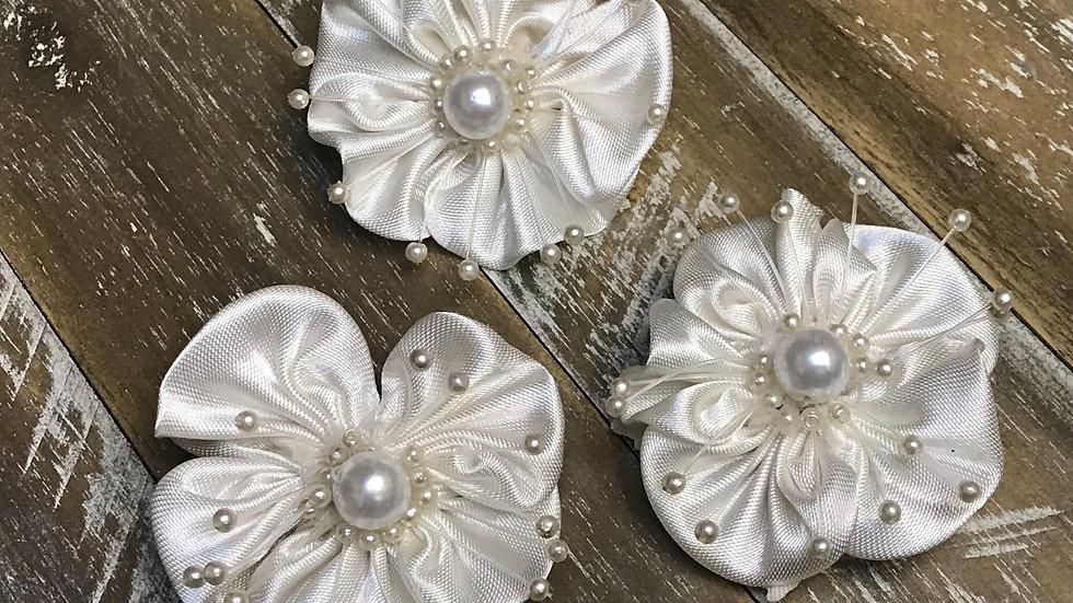 Satin Flower Pearl Center