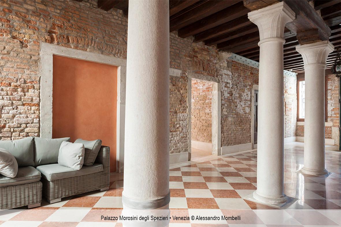 Palazzo Morosini degli Spezieri • Venezia