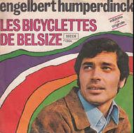 """Englebert Humperdinck met """"Les Bicyclettes de Belsize"""""""