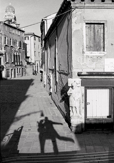 Photo by Sterenn Denys, In Venice With Happiness II, Italy, 2000