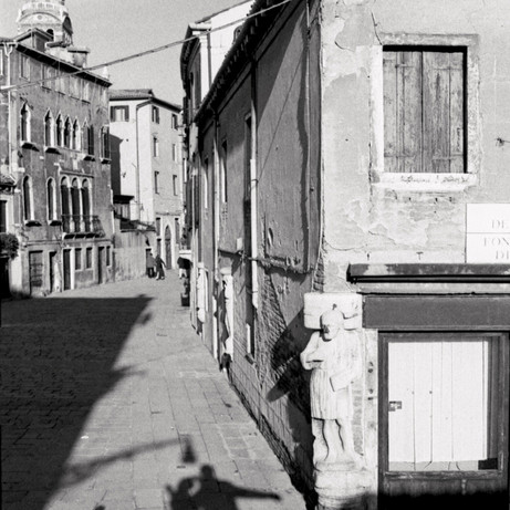 In Venice With Happiness II