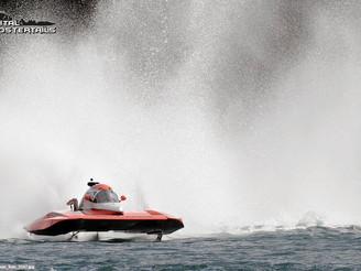 Steve Wins in the 5L Hydroplane Finals at Manson, WA