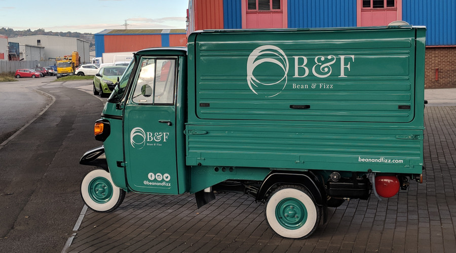 Bean & Fizz the completed Piaggio Ape...ready for action!