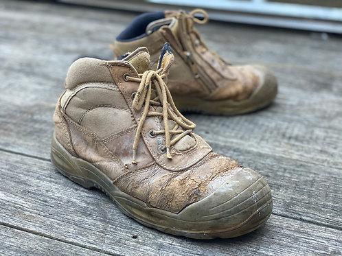 Hard Yakka work boot - Scruff Range