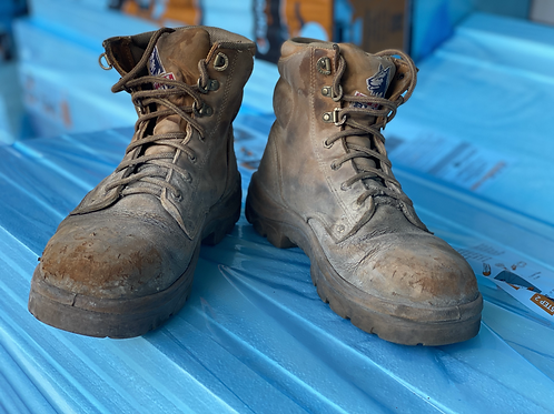 Steel Blue lace up boots. Mining
