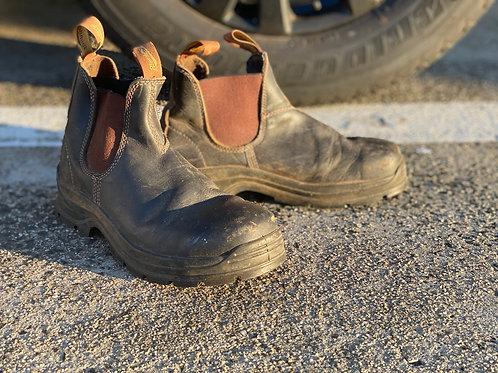 Blundstone slip on- carpenter's boot