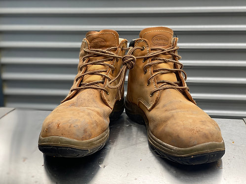 Oliver size 11 - low collar boot