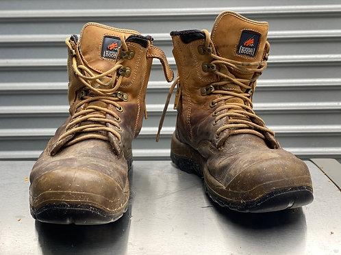 Mongrel 10.5 landscaper boot
