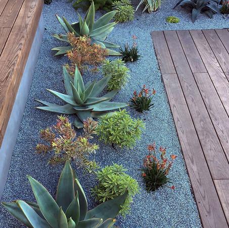 Jardines decorados con piedra triturada