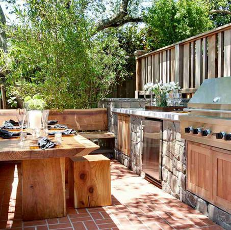 10 jardines con cocinas exteriores
