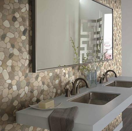 Mosaicos de piedra natural, la última moda en decoración