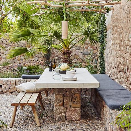 ¿Cenamos en el jardín? 12 ideas para montar un comedor exterior