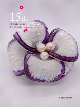 HC white flower brooch