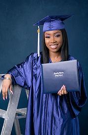 Shaneice Nelson graduation fin-6.jpg