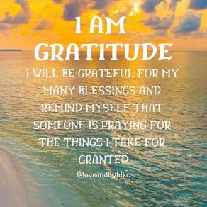 I AM GRATITUDE