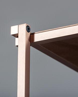 Mobilier meuble étagère bibliothèque aluminium métal industriel design contemporain Regula sur mesure