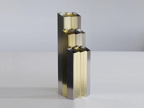 Décoration vase design Novem en métal aluminium style industriel contemporain fabriqué en France par l'Alufacture