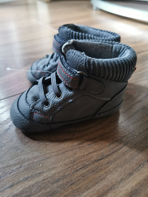 6-12 months NEW shoes